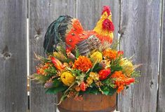 Flower Arrangements and Rooster Accents Creating Bold, Jazzy Table Centerpieces Yellow Flower Centerpieces, Fall Table Centerpieces, Dried Flower Arrangements, Dried Flowers, Flower Decorations, Fall Decorations, Rooster Decor, Decorating Blogs, Home Decor Styles