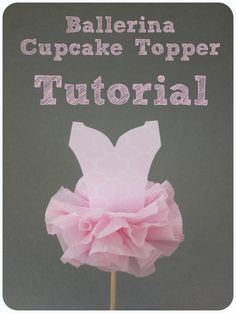 Check out this ballerina cupcake topper! Virginie from That Cute Little Cake came up with this darling idea! Tutu Cupcake Topper Tutorial This would be cute on cupcakes for a ballerina party, or to take to a ballet class! Ballerina Cupcakes, Tutu Cupcakes, Ballerina Birthday Parties, Ballerina Party, Girl Birthday, Birthday Ideas, Festa Party, Diy Party, Party Ideas