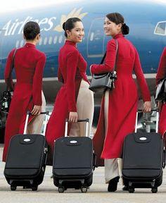 Vietnam Airline crew