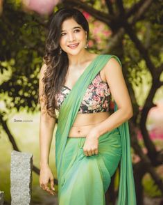 Sakshi Agarwal 3 Sakshi Agarwal HD Photos| Hot Images| Wallpapers Hindi Actress, Tamil Actress Photos, Beautiful Bollywood Actress, Beautiful Actresses, Princess Jasmine Costume, Forever 21 Outfits, Indian Navel, Green Lehenga, Celebrity Photographers