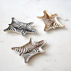 Petites assiettes Jonathan Adler collection Zebra - Assiette noire et blanche