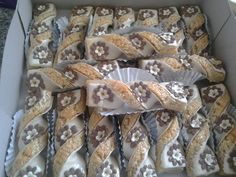 Rice Krispie Treats, Rice Krispies, Algerian Recipes, Food Humor, Biscotti, Food And Drink, Dessert Recipes, Chips, Cooking Recipes