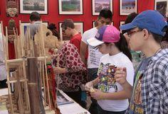 Continúa la Feria de las Culturas Amigas. Los más de 82 países participantes en la Feria de las Culturas Amigas ofrecen diversas actividades. Foto: Abril Cabrera A.