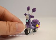 Amigurumi Scooter Vespa  Miniature Moto Vespa  by KanoonAobaoon