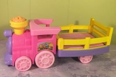 Fisher-Price Little People Musical Animal Zoo Train Pink and Purple Works Great #FisherPrice