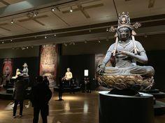 名宝を全方位360度から堪能。東京国立博物館で「国宝 東寺-空海と仏像曼荼羅」が開幕|MAGAZINE | 美術手帖 Kyoto, Architecture, Concert, Room, Mandalas, Arquitetura, Bedroom, Concerts, Rooms