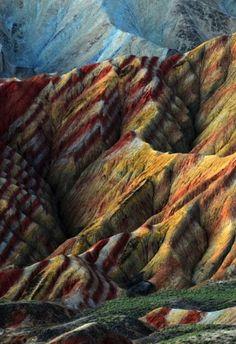 ZHANGYE DANXIA LANDFORM GEOLOGICAL PARK / Gansu Province, China