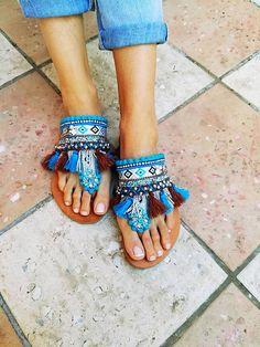 Caravan Sandals on sale. Boho Sandals, Fashion Sandals, Bare Foot Sandals, Sneakers Fashion, Pom Pom Sandals, Beaded Shoes, Nike Air Shoes, Hippie Bags, Sandals For Sale