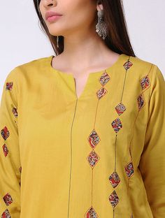 Yellow Cotton Satin Kurta with Patch Work Simple Kurti Designs, Fancy Blouse Designs, Kurta Designs Women, Dress Neck Designs, Salwar Designs, Embroidery Suits Punjabi, Kurti Embroidery Design, Hand Embroidery, Kalamkari Dresses