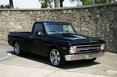 Chevrolet : C-10 Short bed 1968 Chevy C10 Truck Sh - http://www.legendaryfinds.com/chevrolet-c-10-short-bed-1968-chevy-c10-truck-sh/