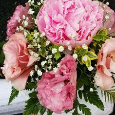 Esküvői dekoráció, virág vihar és a polgári szertartás utan
