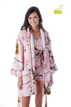Who wouldn't want to crawl into this great Realtree Girl Pink Camo fluffy robe! The 100% high-loft polyester fabric features two hand-warmer pockets, belt and loops and an accent logo on the back. Just arrived.  #Realtreegirl #Realtreecamo