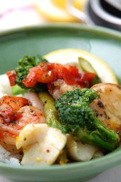 Quick and Easy Dinners for 4 - Shrimp and Broccoli Stir-Fry Recipe -  #shrimp #recipes for #dinner