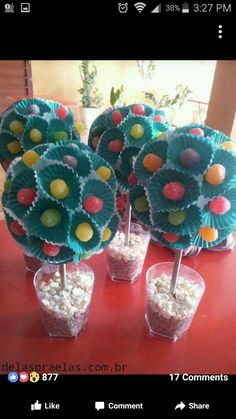 dulceros con vasijas de cup cakes Diy And Crafts, Crafts For Kids, Sweet Trees, Troll Party, Candy Crafts, Candy Bouquet, Candy Party, Party Centerpieces, Holidays And Events