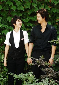 """Coffee Prince (2007). I think this board is turning into my Korean Romance board! This is one of the best I've seen so far.  It's a gender bender, but not cheesy or totally implausible. One of the more interesting parts of the show is how the male lead negotiates his feelings for another """"man"""", despite being straight. Extra stars for Lee Sun Gyun as Han Gyul's cousin... LOVE that guy."""