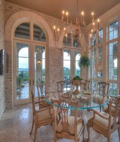So in love with this breakfast area... Color, long windows