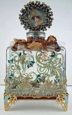 Vintage Perfume Bottle with great craftsmanship circa Antique Perfume Bottles, Vintage Bottles, Bottle Vase, Bottles And Jars, Glass Bottles, Diy Bottle, Perfumes Vintage, Beautiful Perfume, Altered Bottles