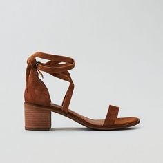 Steve Madden Rizzaa Sandal ($80) ❤ liked on Polyvore featuring shoes, sandals, brown, american eagle outfitters shoes, fleece-lined shoes, brown sandals, synthetic shoes and brown shoes