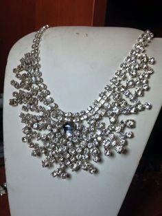 #collana in #cristalli fatta a mano. Info@oro18.eu #oro18 #jewelry #bigiotteria #bijoux Presto su www.oro18.eu