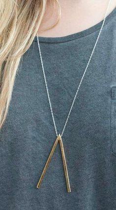 downside v necklace.