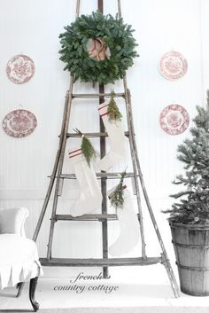 Vintage Ladder Wreath How to Decorate with Vintage Ladders {20 Ways to Inspire}