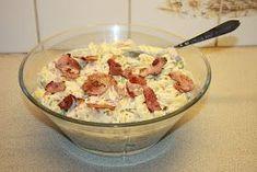 Her kommer oppskrift på en pastasalat som jeg har laget flere ganger og som vi liker veldig godt her i huset! Lett å lage :) PASTASA... Food N, Food And Drink, What To Cook, Bacon, Tapas, Potato Salad, Cake Recipes, Side Dishes, Lunch