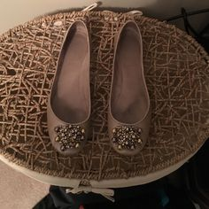 Ballet flats Taupe ballet flats. Slim fit. There are a few nicks in the heel. Nine West Shoes Flats & Loafers
