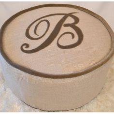 Personalized pouf