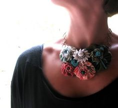 very cute! but if i tried to make it, it would be a fail. it'd work better if i bought something like it..
