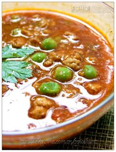 Keema Curry (Minced Meat Curry)  Ingredients: 500 gm Minced mutton/beef/chicken/turkey 1 Medium size onion 2-3 green Chilli(less for lesser heat) 1 inch of ginger 3-5 Cloves of garlic 2 Roma tomato (use one for any large tomato) 1/4 cup snow peas  Seasoning: 2-3 inches of cinnamon stick 1 star anise 2 tbsp Ketchup 1 tsp Ground Cumin 1 tsp Turmeric Powder 1  tsp Garam Masala 1/2 tsp Chilli Powder 1/2 tsp Mustard seeds 1 tsp Salt or to taste 1 1/2 cups Water/Stock