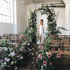 """2,115 Me gusta, 7 comentarios - The Wed List (@thewedlist) en Instagram: """"One enchanting setting that stole our heart away! Particularly in love with the lush floral and…"""""""