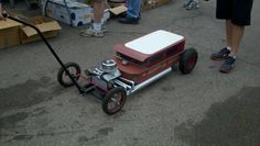 red wagon hot rod radio flyer | Back to the 50′s. A great place for ideas for your next wagon. |