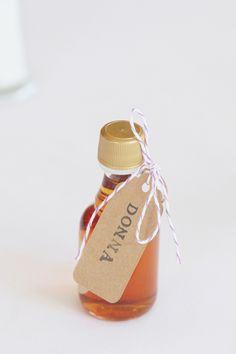 maple syrup wedding favors #weddingfavors http://www.weddingchicks.com/2013/11/18/new-england-wedding/