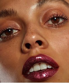 Crushing on this Abruzzoz Full Vinyl Lip Lacquer look by @andrewgallimakeup #narsissist / ruby glitter lips makeup