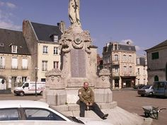 Place de la Republique, Carentan, France  Img:http://www.ww2paratroopers.com/sitebuildercontent/sitebuilderpictures/carentan3.jpg