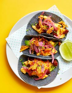 Warm tortillas filled with soft scrambled eggs, crispy sausage and zingy pickles – these breakfast tacos from London restaurant Snackbar are a great way to start the day and are super-easy to make at home Egg Recipes For Dinner, Egg Recipes For Breakfast, Breakfast Tacos, Brunch Recipes, Family Vegetarian Meals, Cheap Family Meals, Vegetarian Breakfast, Chorizo And Eggs, Olive Recipes