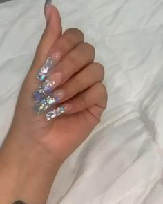 color tip nails Bling Acrylic Nails, Square Acrylic Nails, Aycrlic Nails, Summer Acrylic Nails, Glam Nails, Best Acrylic Nails, Dope Nails, Bling Nails, Glitter Nails