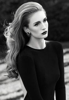 Yasemin Allen - Turkish Actress