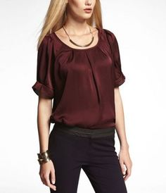RUFFLED RAGLAN SLEEVE PLEATED BLOUSE at Express-size M color Maroon