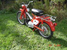 Honda cub | Flickr - Photo Sharing! Honda Cub, Honda Motors, Mopeds, Scooters, Cubs, Motorbikes, Trail, Motorcycle, Board