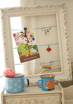 'Framed' Message Board: DIY -- with a larger frame for girls school art work