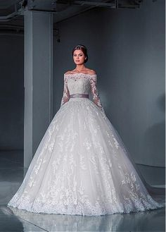 Alluring Tulle Off-the-Shoulder Neckline Ball Gown Wedding Dresses with Detachable Jacket