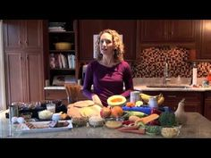 In this video, kids, parents and teachers can learn more about healthy eating habits and find both fun and nutritious snack ideas. Meet Sasha. She's a nutritionist for U.S. Department of Agriculture; she tells us about how healthy eating and exercise helps kids grow physically and mentally strong.