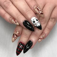 Acrylic nail designs are really popular nowadays. Keep your nails shiny together with bold. Don't neglect to enhance your coffin nails beauty with stones. Don't neglect to take a photo of your gorgeous nails. Holloween Nails, Cute Halloween Nails, Halloween Acrylic Nails, Fall Acrylic Nails, Halloween Nail Designs, Scary Halloween, Women Halloween, Girl Halloween, Halloween Recipe