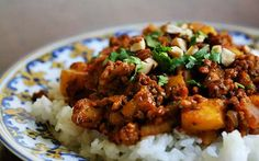 Beef Picadillo – Costa Rican versions always include the name of the vegetable which represents the main ingredient to the dish, (Potato Picadillo, Ayote Picadillo, etc.) and which is chopped and cooked with bell peppers, onions, stock, herbs and spices