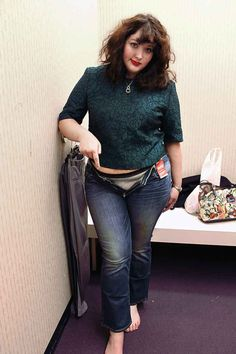 Awesome girl tries on various brands size 16 jeans. SIZING, grrrr