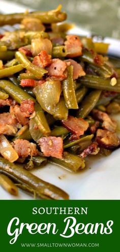 Southern Green Beans recipe is a tender melt-in-your-mouth side dish perfect for your holiday dinner parties! It is made with slow-cooked string beans combined with onion, garlic, and crisp bacon. Save this Christmas side dish for a crowd! Southern Thanksgiving Recipes, Traditional Thanksgiving Recipes, Thanksgiving Sides, Thanksgiving Desserts, Thanksgiving Green Beans, Southern Cooking Recipes, Thanksgiving Recipes Side Dishes Green Beans, Vegetables For Thanksgiving, Vegetable Dishes For Dinner