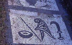 Le grade du père.,aka Saturne, le noster pater de Mithra, copié ultérieurement pour la nouvelle religion de l'empire.