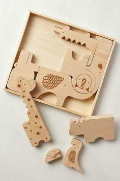 Safari jumble puzzle | 10 Wondrous Wooden Toys for Kids - Tinyme Blog
