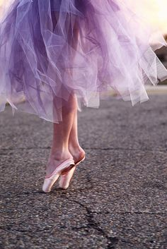 Pics like this make me mad. You're not even standing on pointe or even wearing your shoes!!! F.